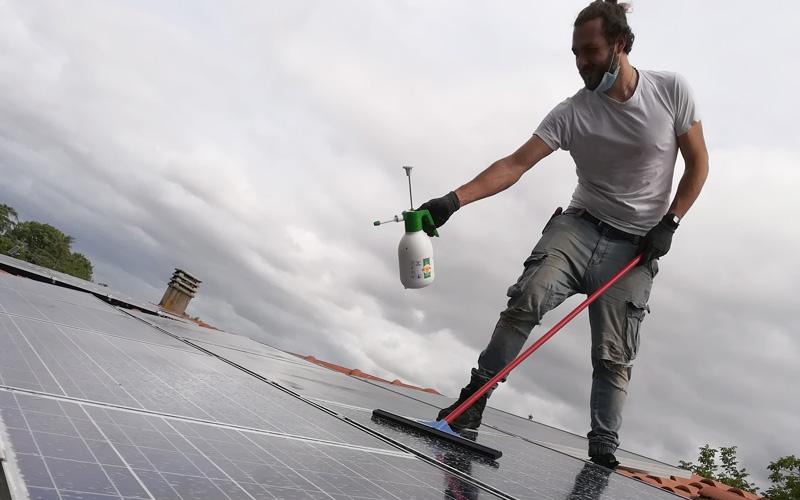 pulizia_pannelli_fotovoltaici